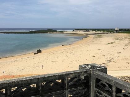 診療所屋上からみた浜辺.JPG